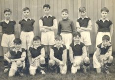 Broom Barns school football team