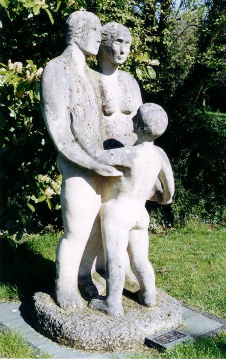 Family, by Glynis Beecroft   Pauline Maryan