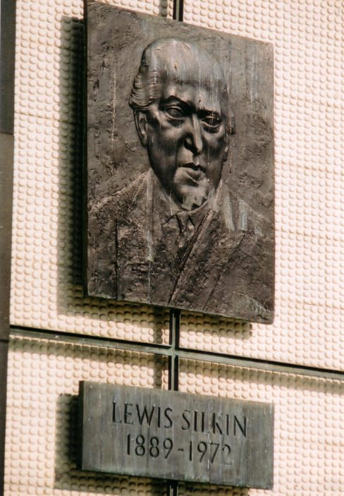 Lewis Silkin memorial relief plaque by Franta Belsky | Pauline Maryan