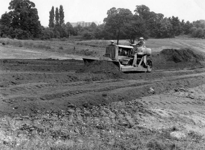 Preparing Town Gardens in 1959 | Stevenage Museum. P3939