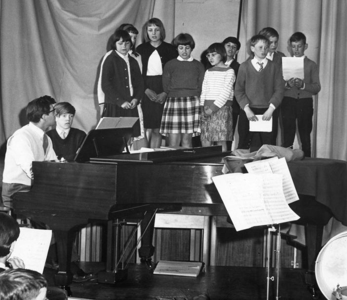 Barnwell School 'Do-it-yourself' operetta rehearsal 1965 | Stevenage Museum PP1376