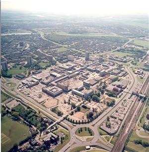 A bird's eye view of Stevenage town centre 1985 | Aerofilms