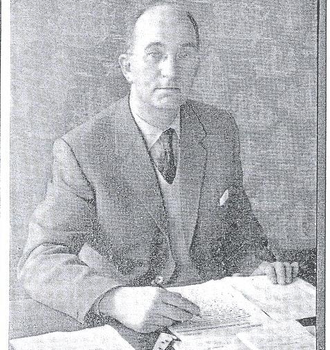 John Wyn Lewis, M.A : The First Headmaser of Heathcote School
